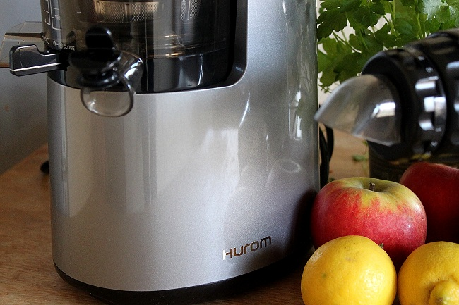 Hurom Slow Juicer Vs Angel : Slow juicer vertical Juicer ft. Horizontal Juicer - The Green Creator