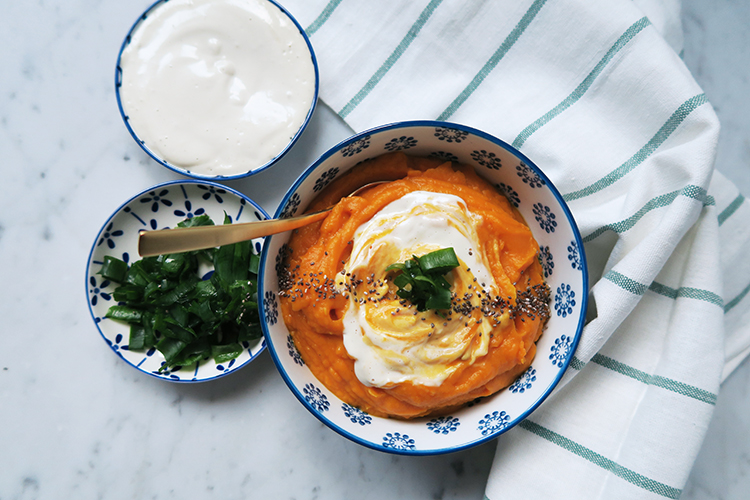roasted garlic sweet potato soup with cashew cream