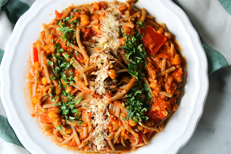 Soba noodles tomato spaghetti with lentils