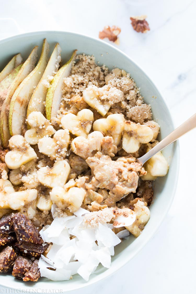 Pumpkin spice oatmeal with walnuts