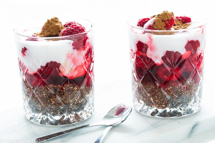 quick smooth raspberry chia seed pudding