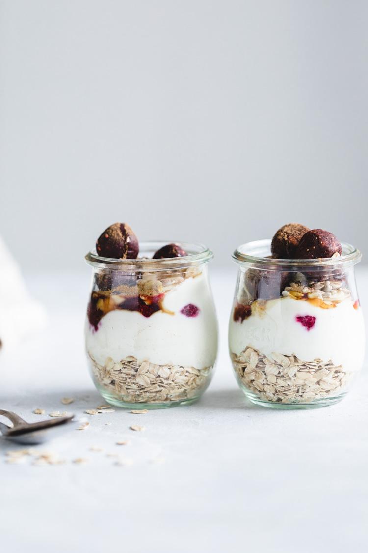 Havermout Yoghurt met Frambozen Chia Jam