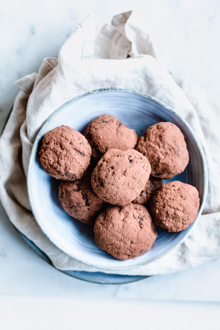 3-Ingredient Chocolate Pudding Truffles