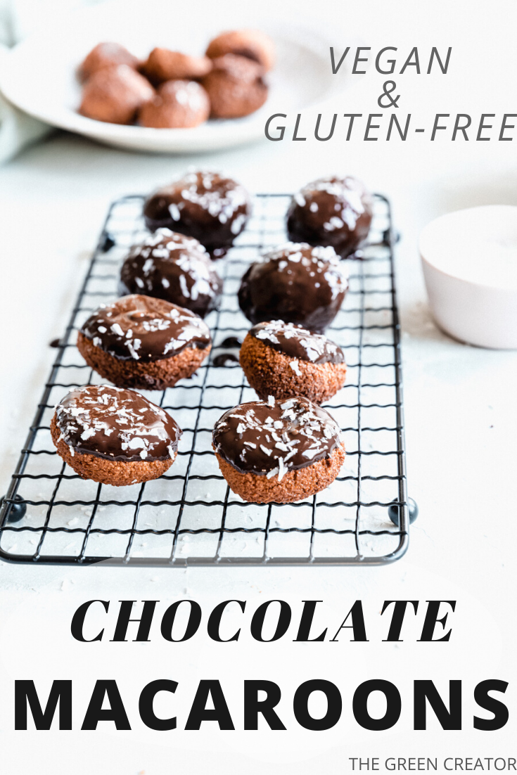 These Vegan Chocolate Macaroons are delicious with a soft and tender coconut inside and a crunchy outside dipped in dark chocolate. These macaroons are naturally sweetened, gluten-free and easy to make. #macaroons #chocolate #coconut #chocolatemacaroons #plantbased #vegan | thegreencreator.com