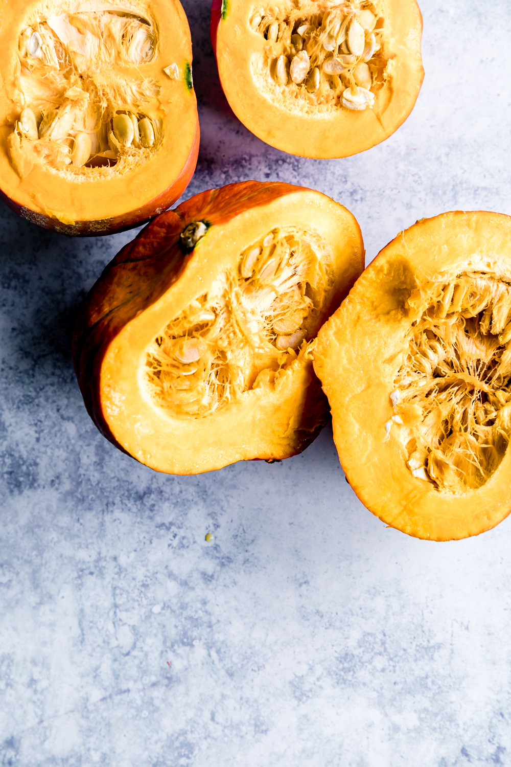 Easy Pumpkin Puree from Scratch